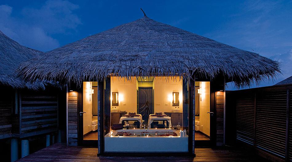 1614 Отель Coco Palm Bodu Hithi на Мальдивах