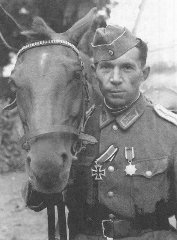 Офицеры Казачьей Кавалерийской дивизии
