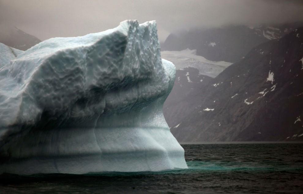 2076 990x635 Ледяная Гренландия...или уже не ледяная?