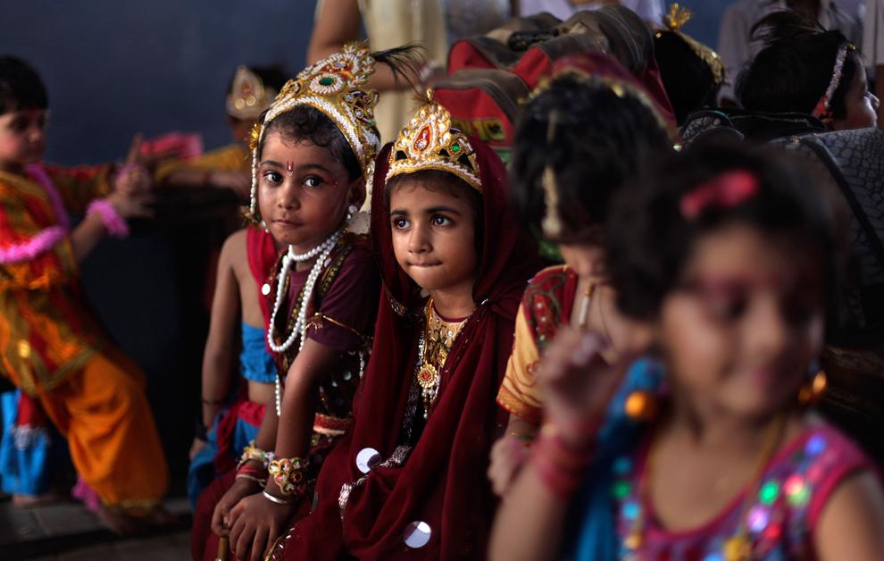 22100 Индийский фестиваль Кришна джанмаштами