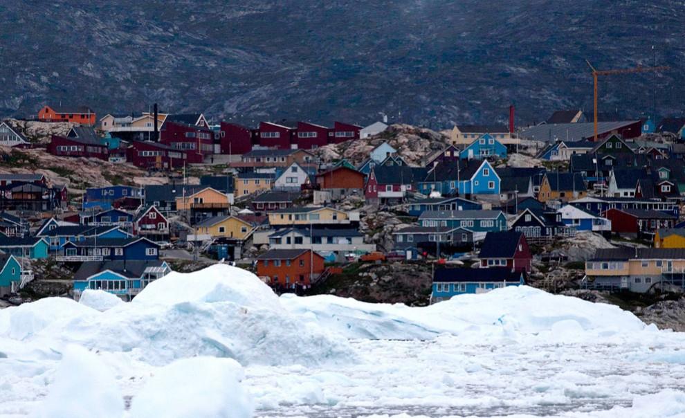 2295 990x604 Ледяная Гренландия...или уже не ледяная?