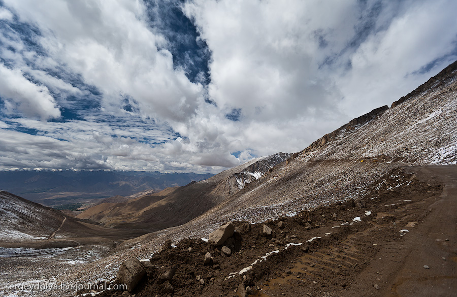 Самый высокий в мире автомобильный перевал