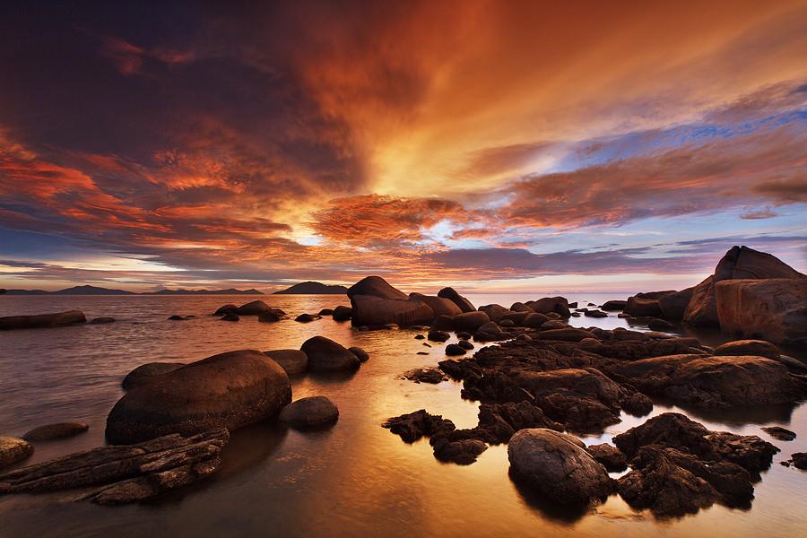 2812 Menarik fotografer lanskap indonesian Bobby Bongo