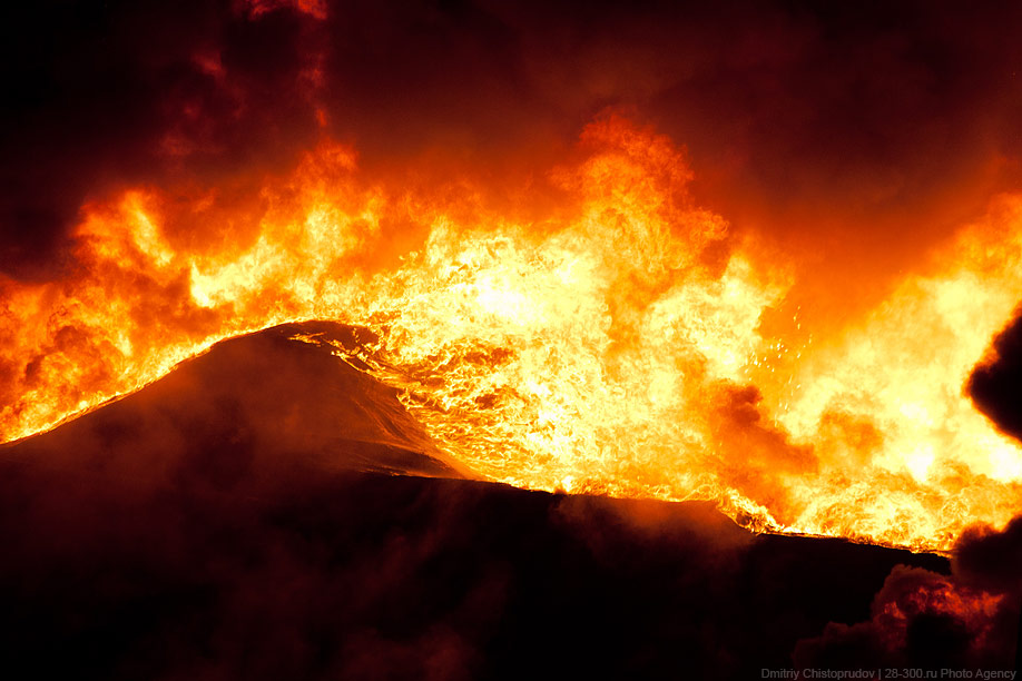Крупнейший пожар в Москве за этот год.