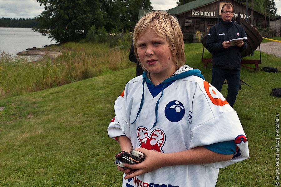 Чемпионат мира по метанию мобильников 2011