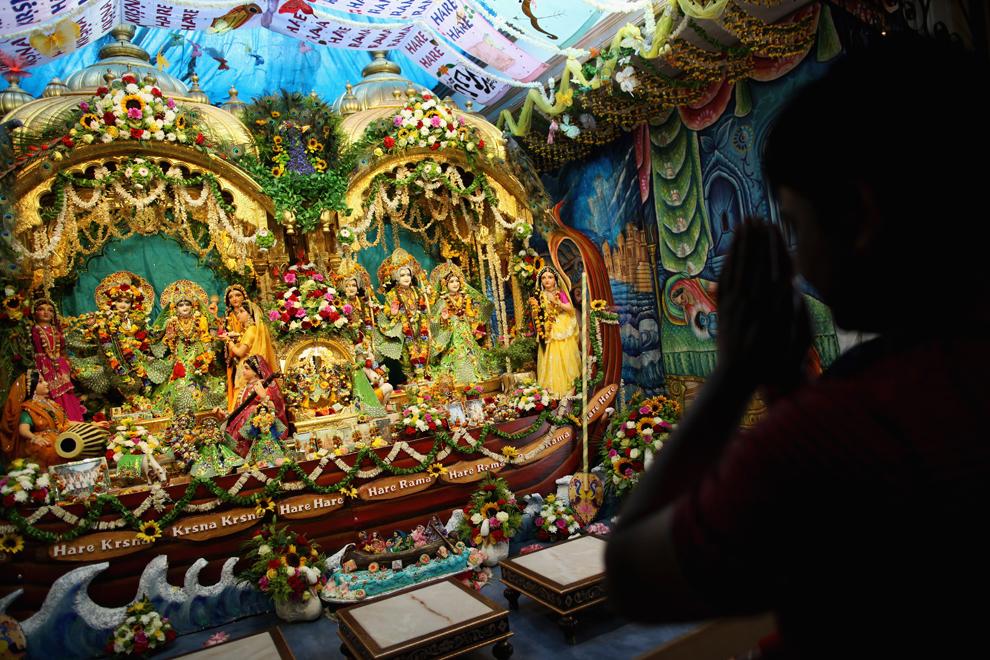 7116 Индийский фестиваль Кришна джанмаштами