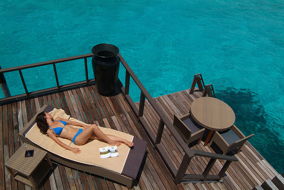 816 Отель Coco Palm Bodu Hithi на Мальдивах