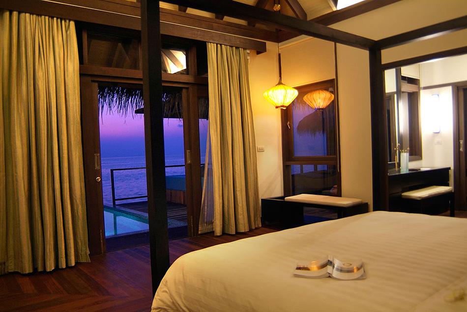 916 Отель Coco Palm Bodu Hithi на Мальдивах