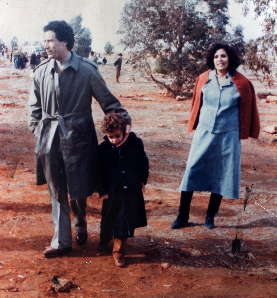 IMAGES01 Фотографии из семейного альбома полковника Каддафи
