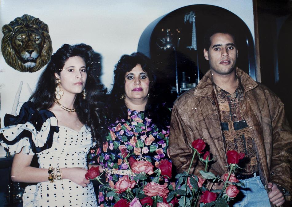 IMAGES09 Фотографии из семейного альбома полковника Каддафи