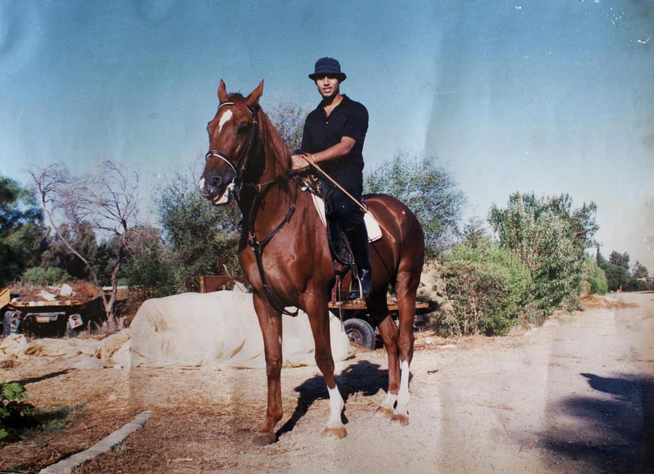 IMAGES17 Фотографии из семейного альбома полковника Каддафи