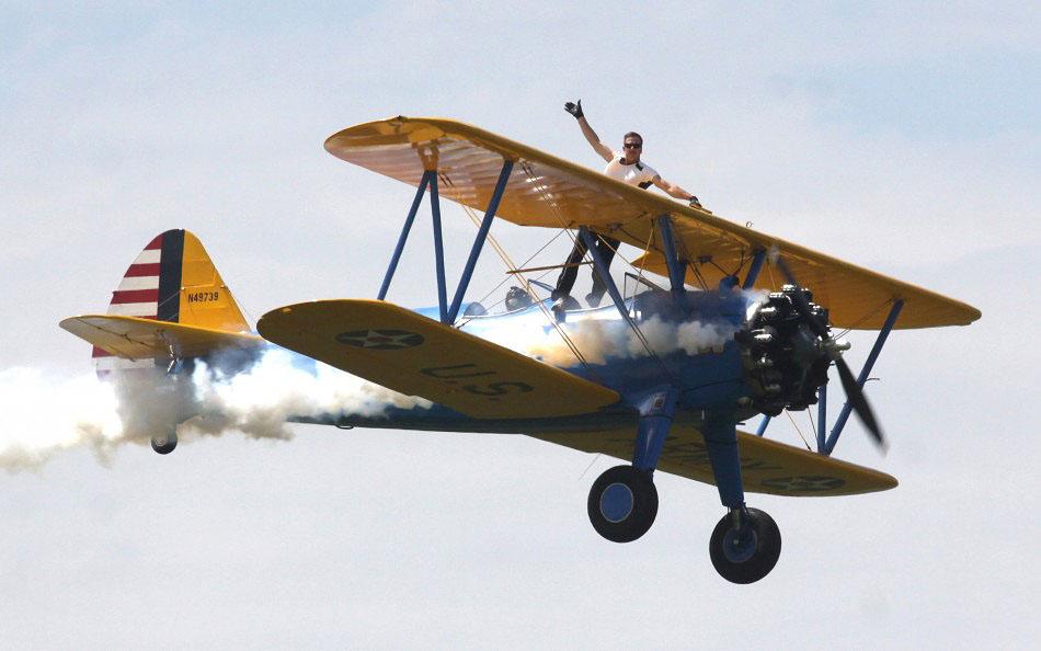 avia02 Смерть американского каскадера на авиашоу