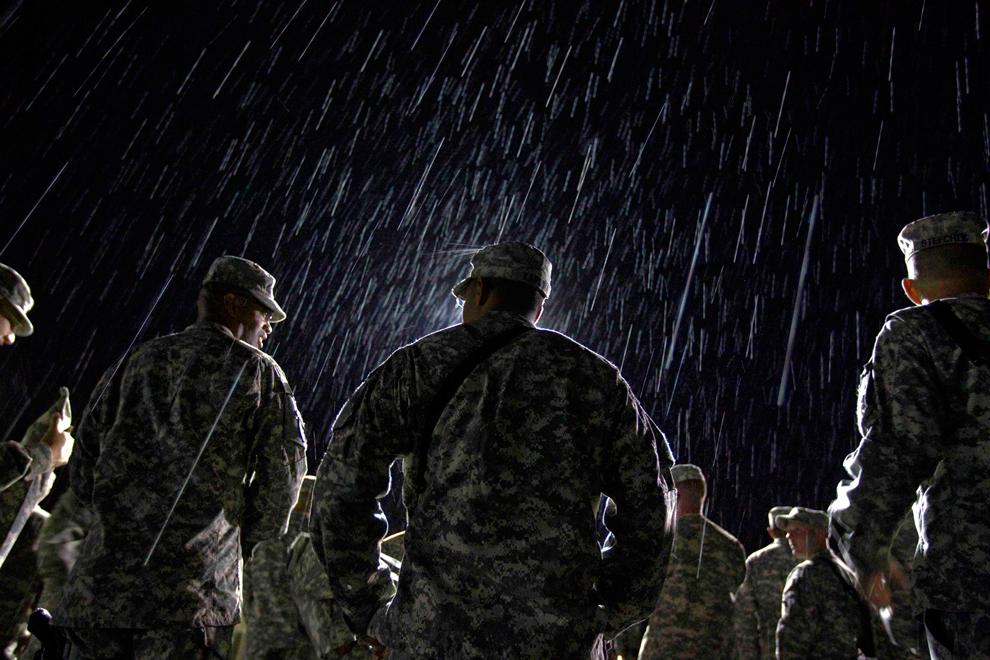 Солдат дождь картинка