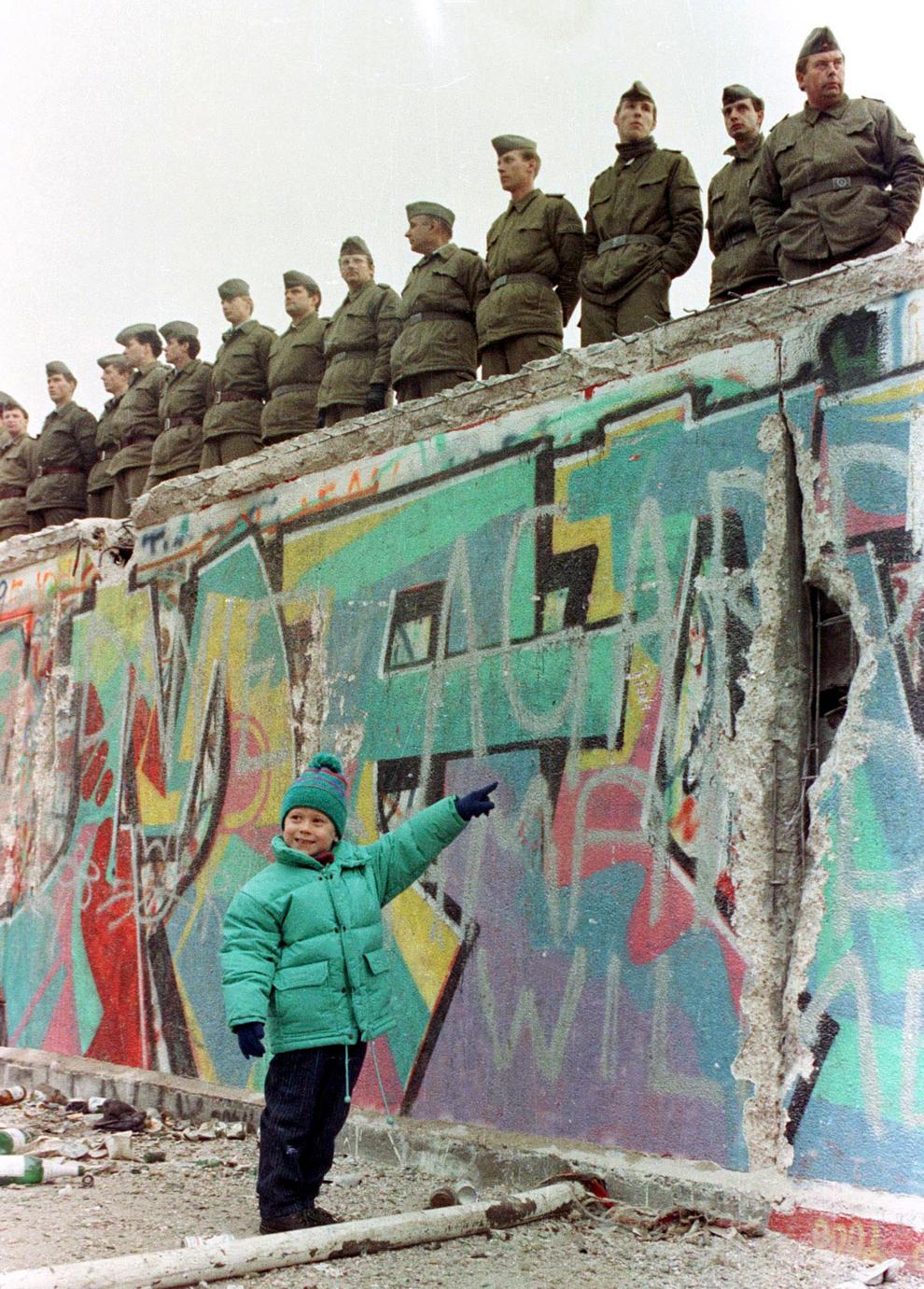 bp222 50 лет с момента строительства Берлинской стены
