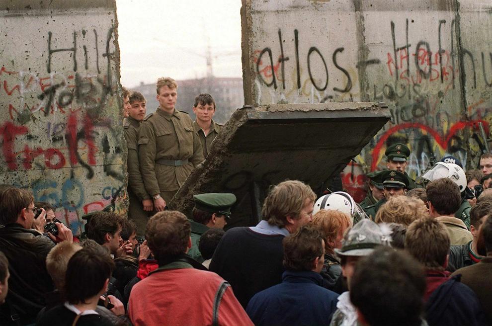 bp242 50 лет с момента строительства Берлинской стены