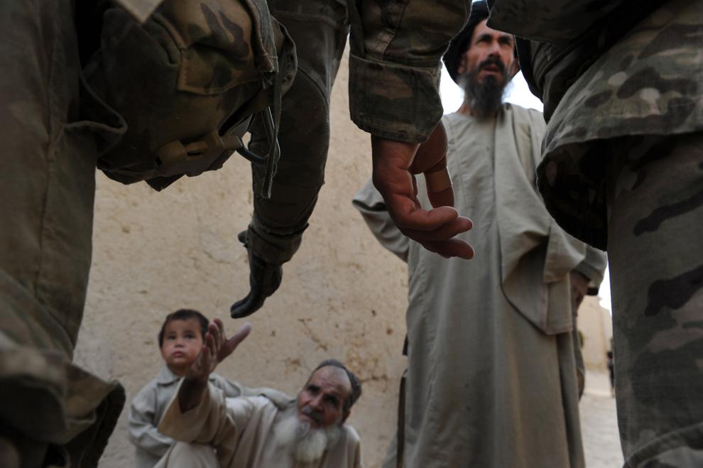 bp253 Afghanistan: Agustus 2011