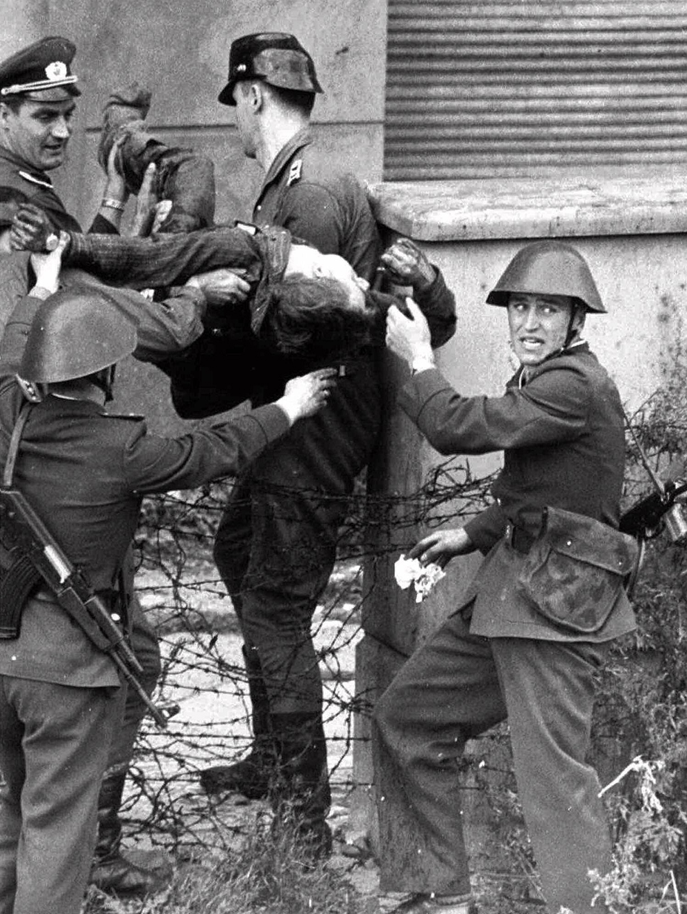 bp291 50 лет с момента строительства Берлинской стены