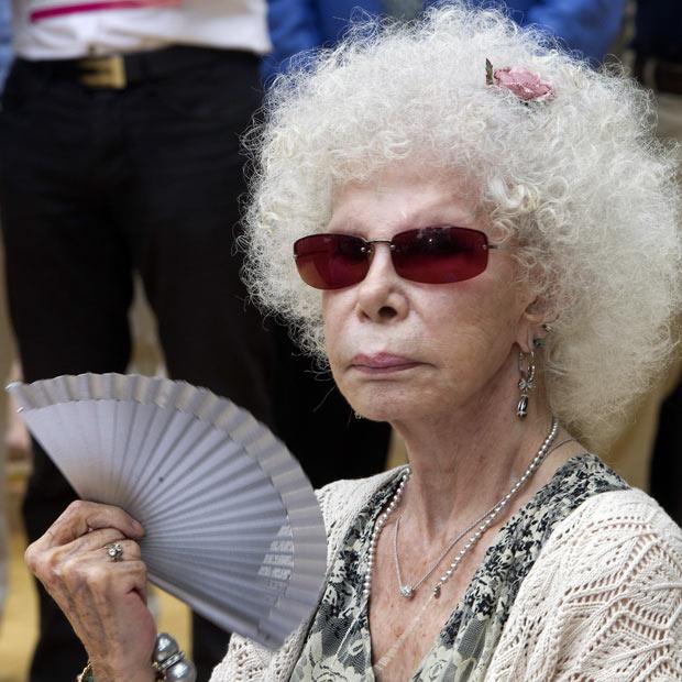 photo089 85 летняя Герцогиня Альба снова выходит замуж