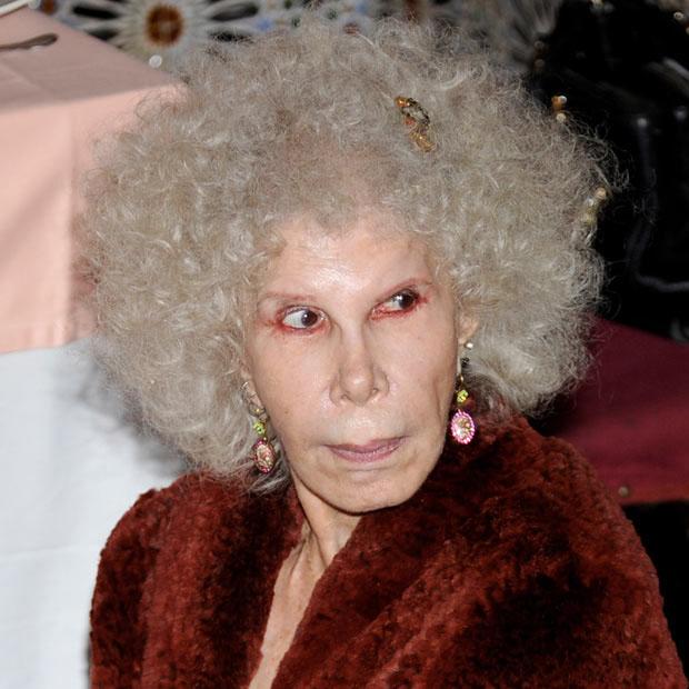 photo119 85 летняя Герцогиня Альба снова выходит замуж