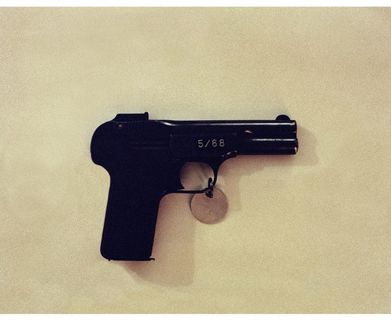 waf052680pistole Орудия убийства