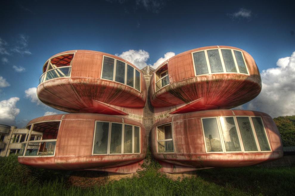 Дома НЛО на Тайване: Заброшенный футуристический город призрак