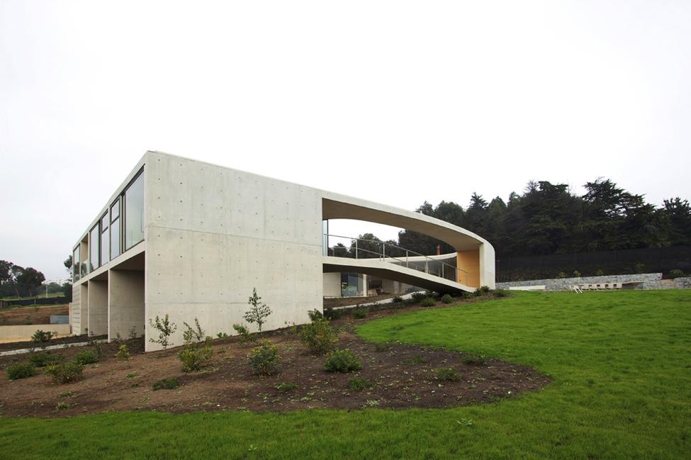 11045 Загородный дом White O – единое целое с природой