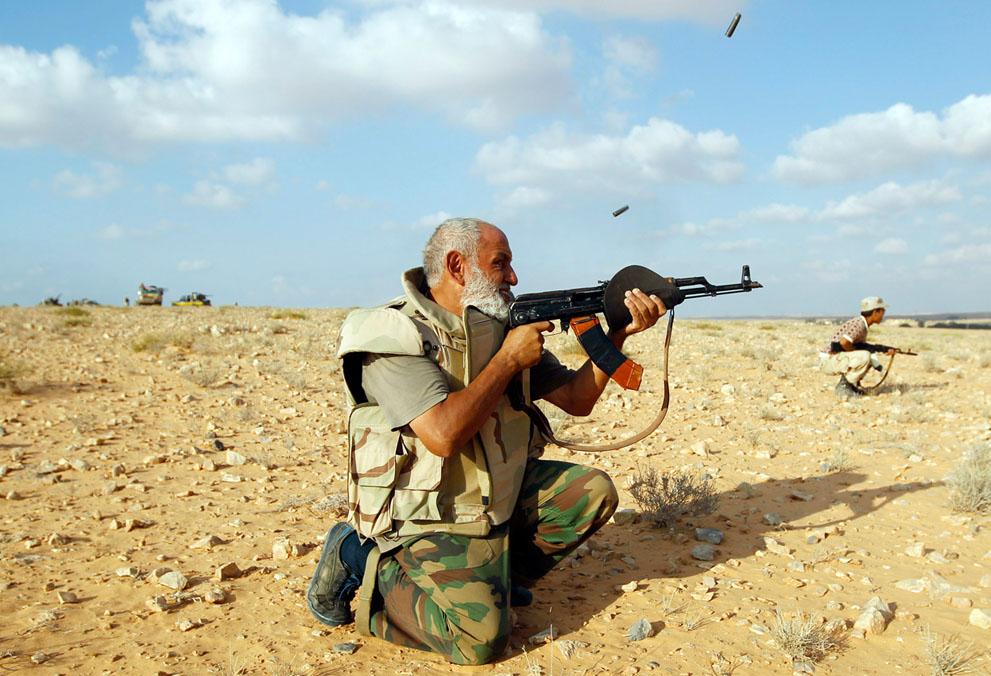 15 151 pemberontak menyerang di Libya sisa perlawanan pasukan Gaddafi