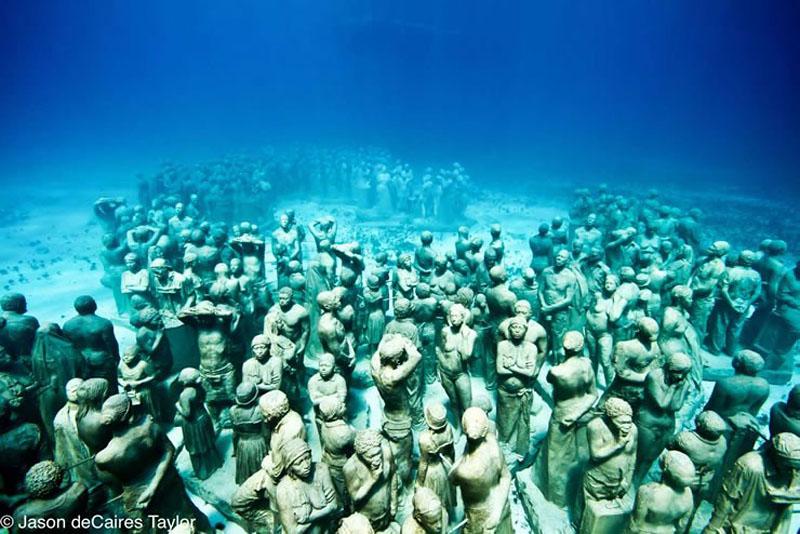 157439 the silent evolution Подводные скульптуры превращаются в чудеса природы