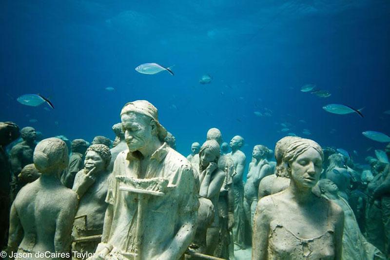 157440 t Подводные скульптуры превращаются в чудеса природы