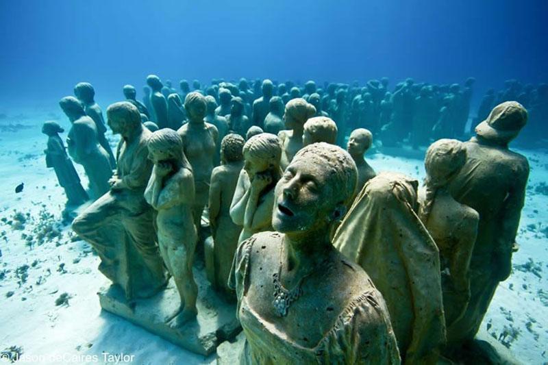 157443 t Подводные скульптуры превращаются в чудеса природы