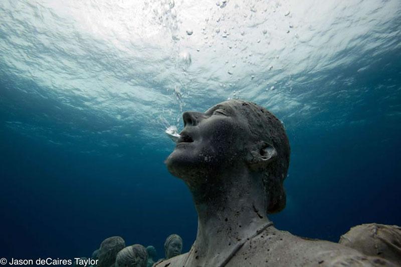 157444 t Подводные скульптуры превращаются в чудеса природы