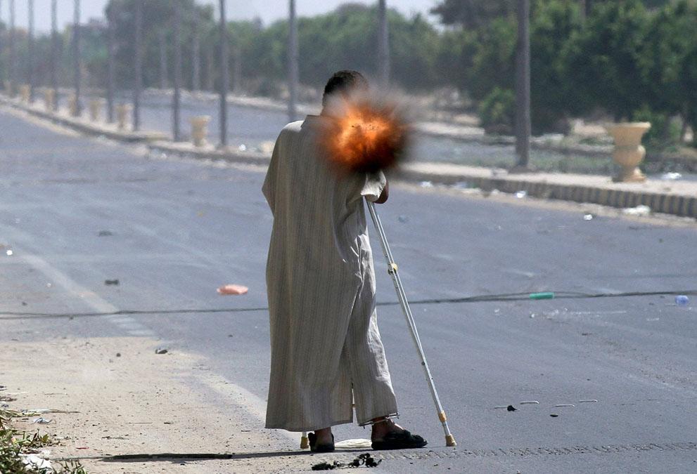 17 138 pemberontak menyerang di Libya sisa perlawanan pasukan Gaddafi