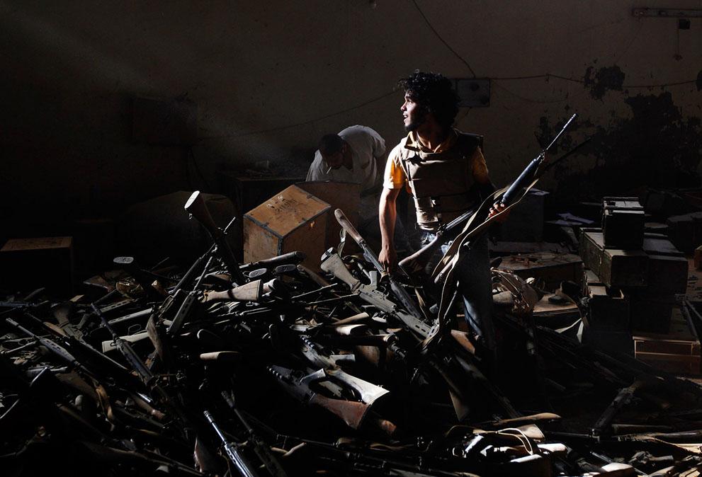 18 129 pemberontak menyerang di Libya sisa perlawanan pasukan Gaddafi