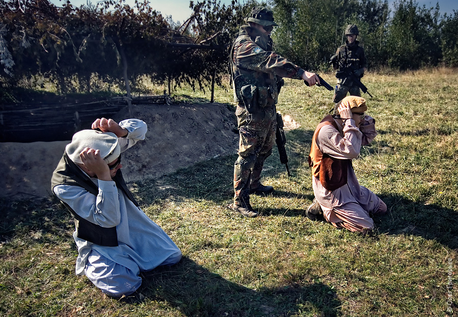 22134 Талибы и натовцы в Закарпатье
