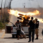 Повстанцы в Ливии атакуют последние очаги сопротивления сил Каддафи
