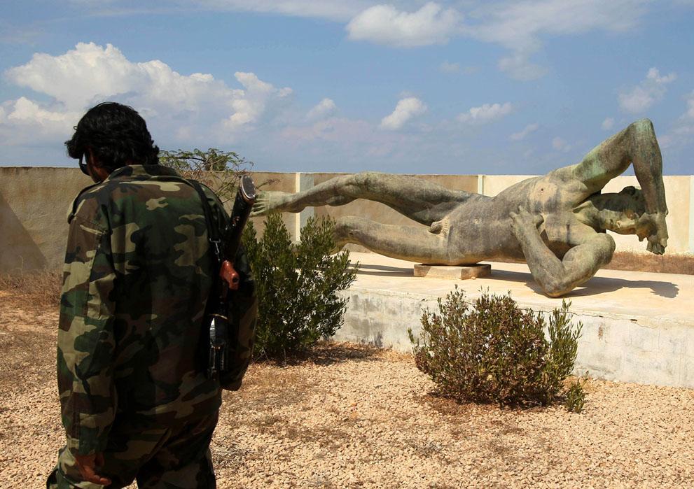 Serangan Pemberontak 2694 di Libya sisa perlawanan pasukan Gaddafi