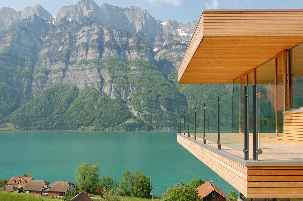 Дом у озера моря швейцария дешевая недвижимость в германии цены