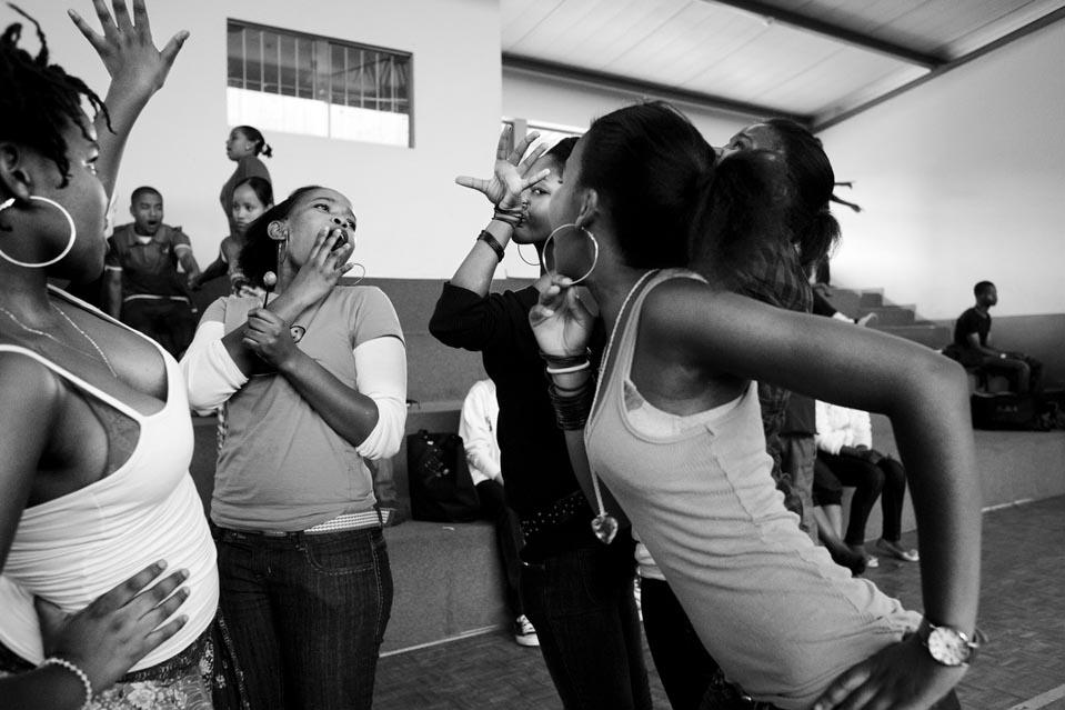 7204 Terlalu Cepat cinta: kehidupan di Swaziland kontemporer