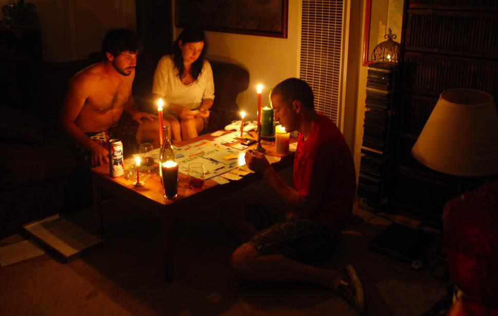 blackout05 4 juta orang Amerika tanpa listrik