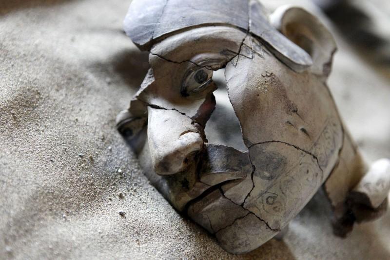 bones10 800x533 В Перу обнаружены останки принесенных в жертву детей