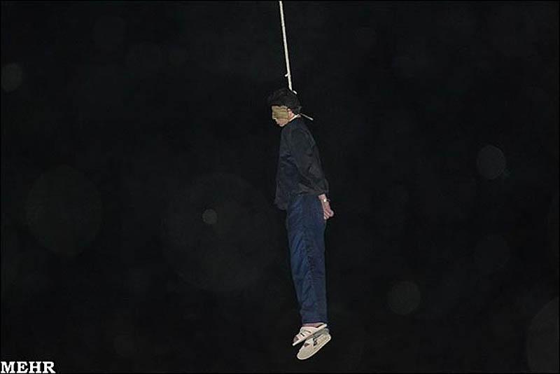 execution07 publik tergantung di Iran pembunuh remaja