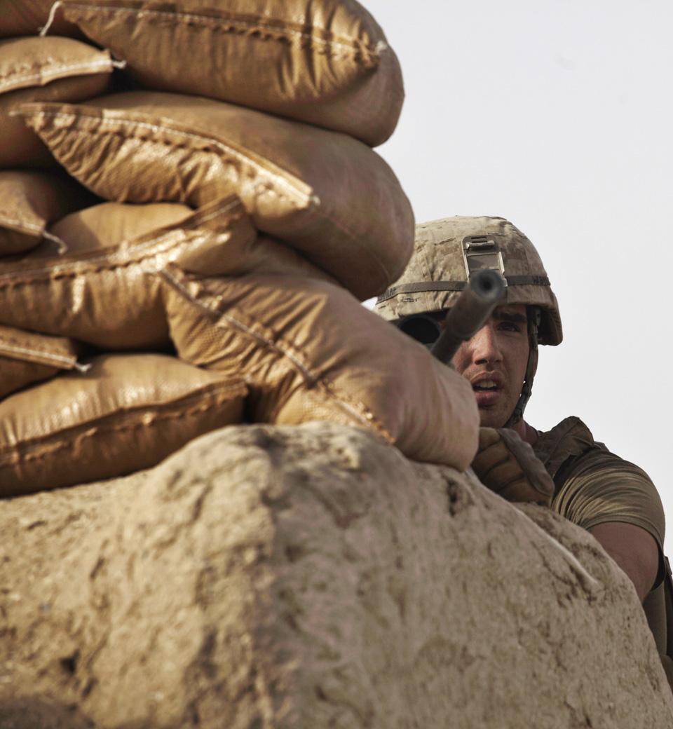 marines06 patroli di Afghanistan dasar 302