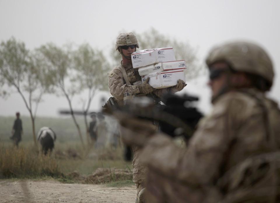 marines15 patroli di Afghanistan dasar 302