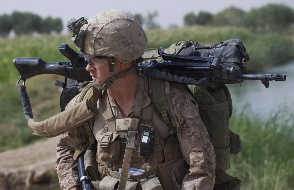 marines25 patroli di Afghanistan dasar 302
