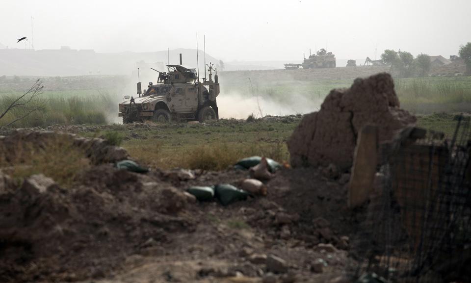 marines26 patroli di Afghanistan dasar 302