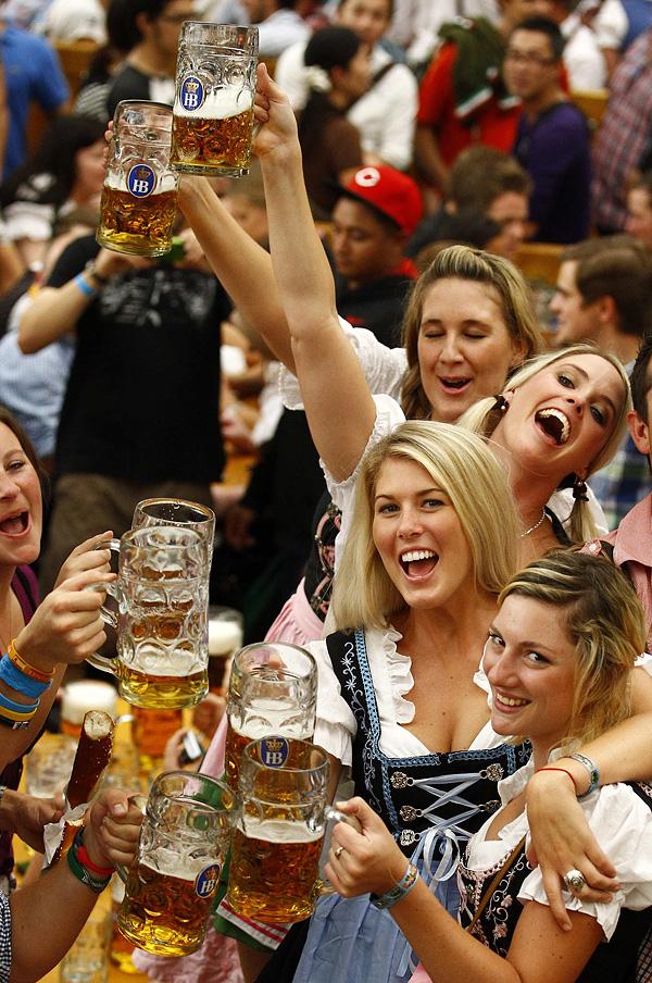 munich01 Munich Oktoberfest se abrió
