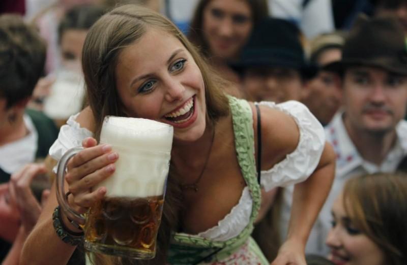 В Мюнхене открылся пивной «Октоберфест»
