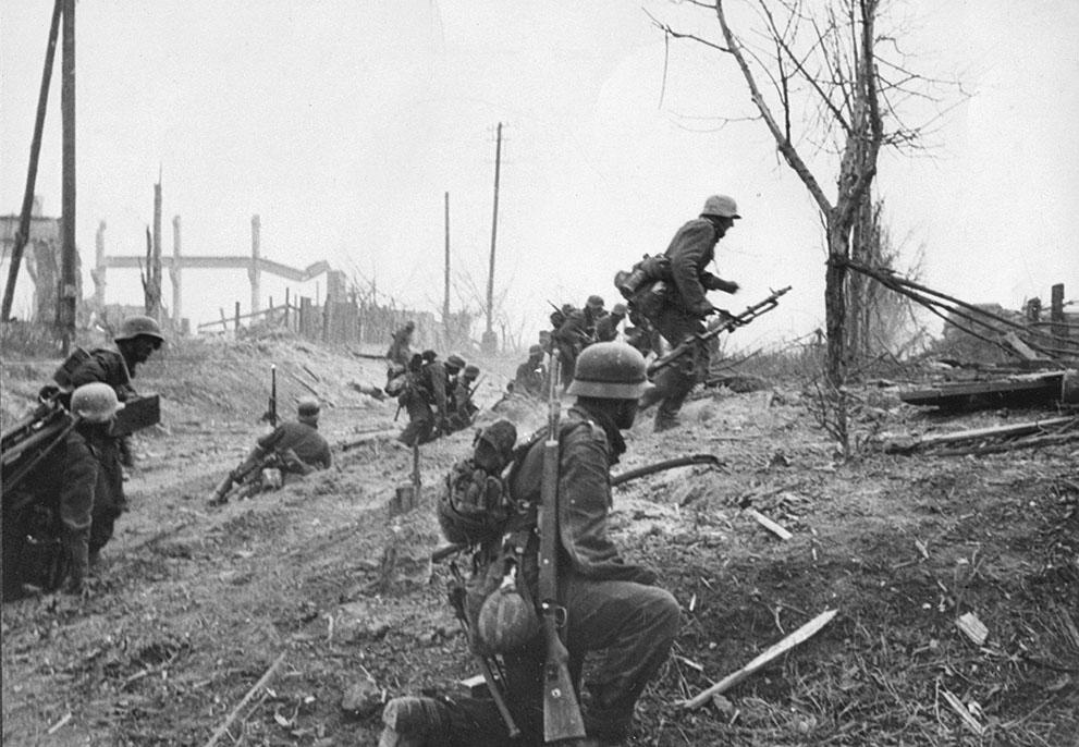 war20 Вторая мировая война: Восточный фронт. 20. Наступление немецкой пехоты на окраинах Сталинграда, конец 1942 год.