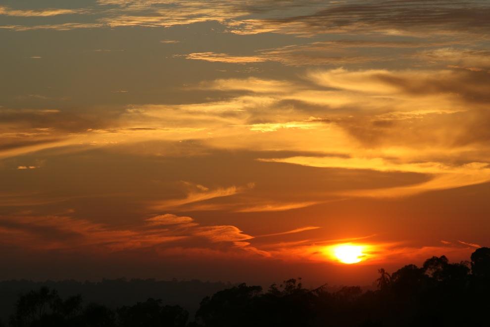 Sunsets 1645: Api di Langit