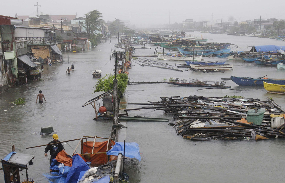 "191 Topan ""Nesat"" di Filipina"